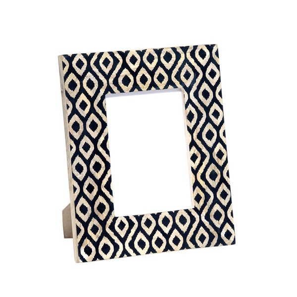 Mela Artisans Ikat Design Medium Mango Wood Photo Frame (India)