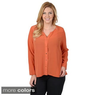 Timeless Comfort by Journee Women's Contemporary Plus Woven Button-up Lace Detail Long Sleeve Blouse