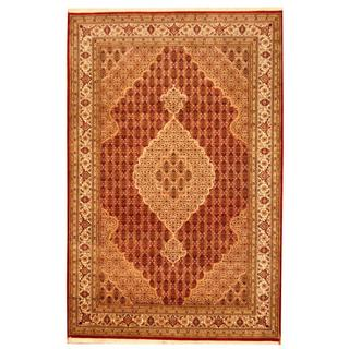 Herat Oriental Indo Hand-knotted Tabriz Red/ Ivory Wool and Silk Rug (6' x 9')