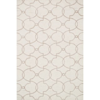 Hand-hooked Carolyn Ivory/ Silver Trellis Rug (7'6 x 9'6)