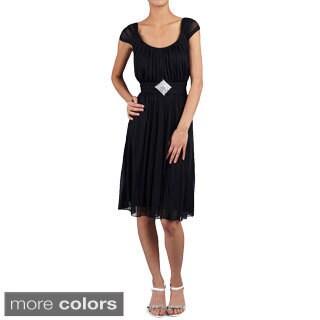 Women's Cap Sleeve Diamond Brooch Short Dress