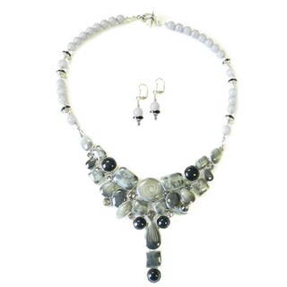 Palmtree Gems 'Grey Fox' Necklace and Earring Set