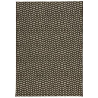 Loft Gracie Chevron Stripe Grey Indoor or Outdoor Rug (5'3 x 7'4)