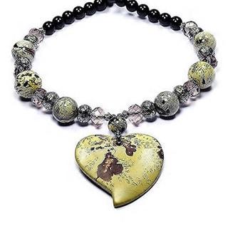 Madame Earth Chohua Jasper Bleeding Heart' Pendant Necklace