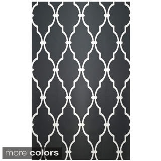 Decorative Geometric Lattice Rug (2' x 3')