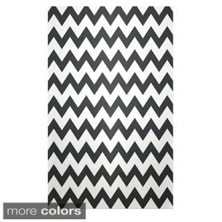 Large Chevron Geometric Polyester Area Rug (2' x 3')