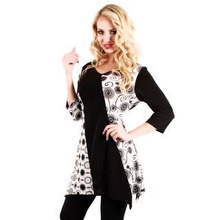 Women's Black and White Circle Pattern Tunic