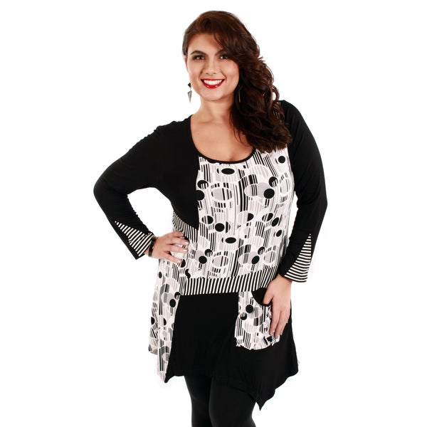 Firmiana Women's Plus Size Black and White Abstract Striped Tunic