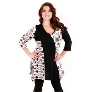 Women's Plus Size Black and White Circle Print Tunic