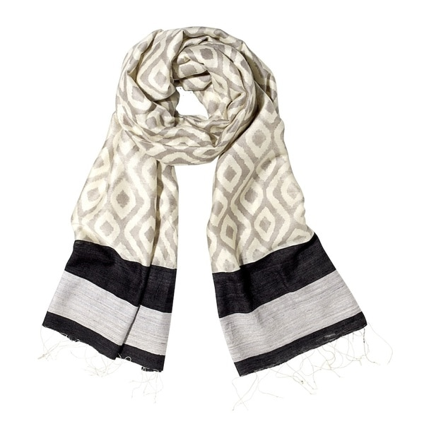 Mela Artisans Hand-woven Silk Wool Blend Dare Scarf (India)