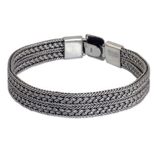 Distinction A Hammered Square Centers Rows of Braided Silver 925 Sterling Silver Contemporary Mens Wristband Bracelet (Thailand)