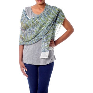 Handcrafted Silk 'Paisley Intertwined' Shawl (India)