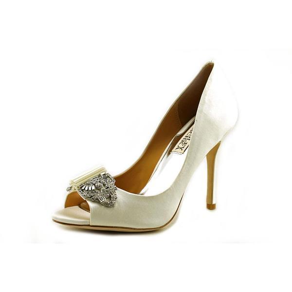 Badgley Mischka Women's 'Davida II' Satin Dress Shoes
