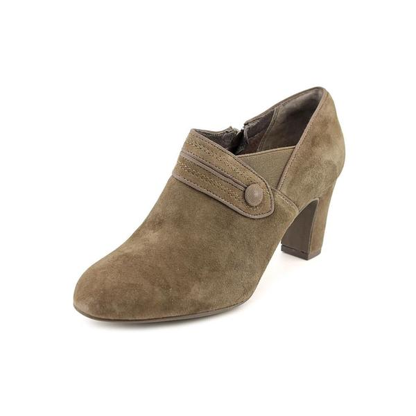 Clarks Artisan Women's 'Tamryn Maize' Regular Suede Boots - Wide