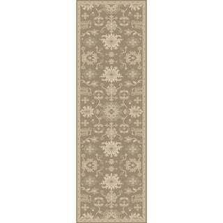 Hand-tufted Nolan Traditional Wool Rug (3' x 12')