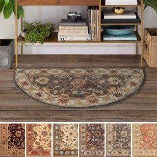 Hand-tufted Nia Traditional Wool Rug (2' x 4' Hearth)