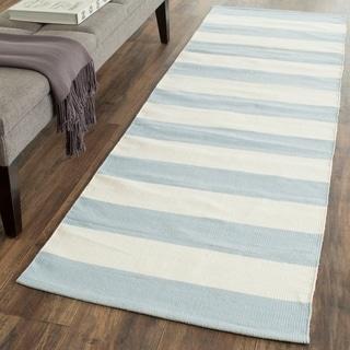 Safavieh Hand-woven Montauk Sky Blue/ Ivory Cotton Rug (2'3 x 7')