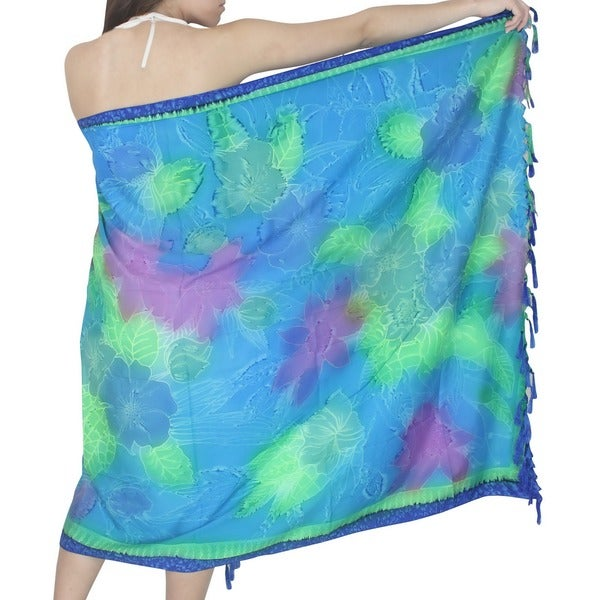 La Leela Blue Flower And Leaf Print Sarong