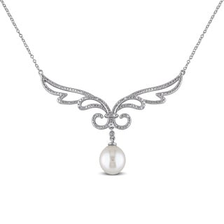 Miadora Silver Cultured Freshwater Pearl and 1/10ct TDW Diamond Necklace (G-H, I2-I3) (10-10.5 mm)