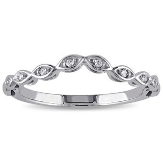 Haylee Jewels 10k White Gold Diamond Accent Contour Band (G-H, I2-I3)