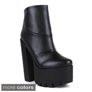 Fahrenheit Women's 'Celine-01' Chunky Platform Boots