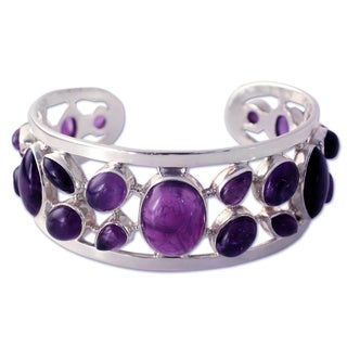Handcrafted Sterling Silver 'Purple Harmony' Amethyst Bracelet (India)