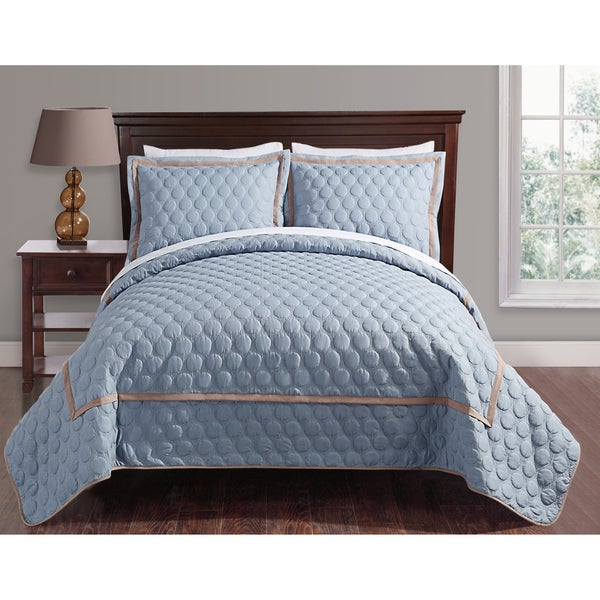 Journee Collection 3 pc Polka-dot Coverlet