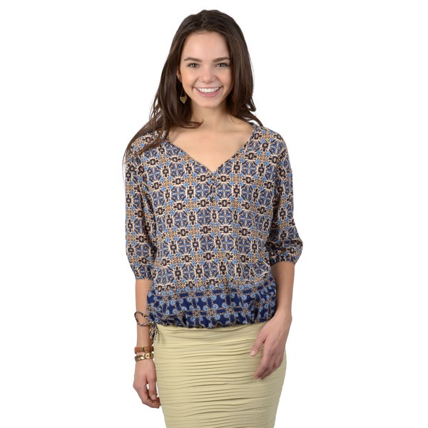 Hailey Jeans Co. Junior's Printed Lightweight V-neck Blouse