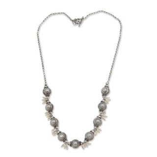 'Moons and Shooting Stars' Pearl Link Necklace (2.5-6 mm) (Indonesia)