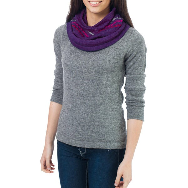 Handcrafted Alpaca Wool 'Purple Andes Muse' Neck Warmer (Peru)