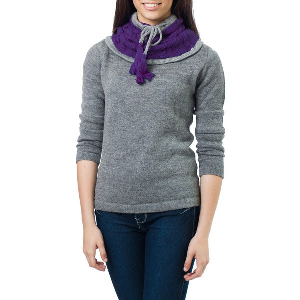 Handcrafted Alpaca Wool 'Flirting in Purple' Neck Warmer (Peru)