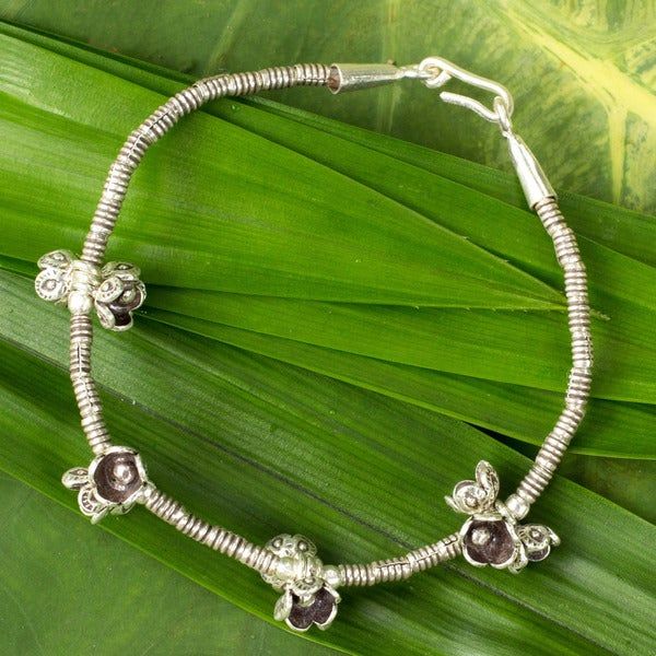 Handcrafted Silver 'Hill Tribe Nosegays' Charm Bracelet (Thailand)