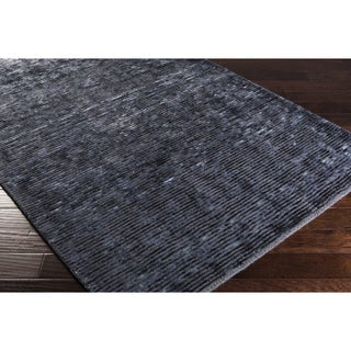 Hand-Woven Bowmont Solid Indoor Rug (8' x 11')