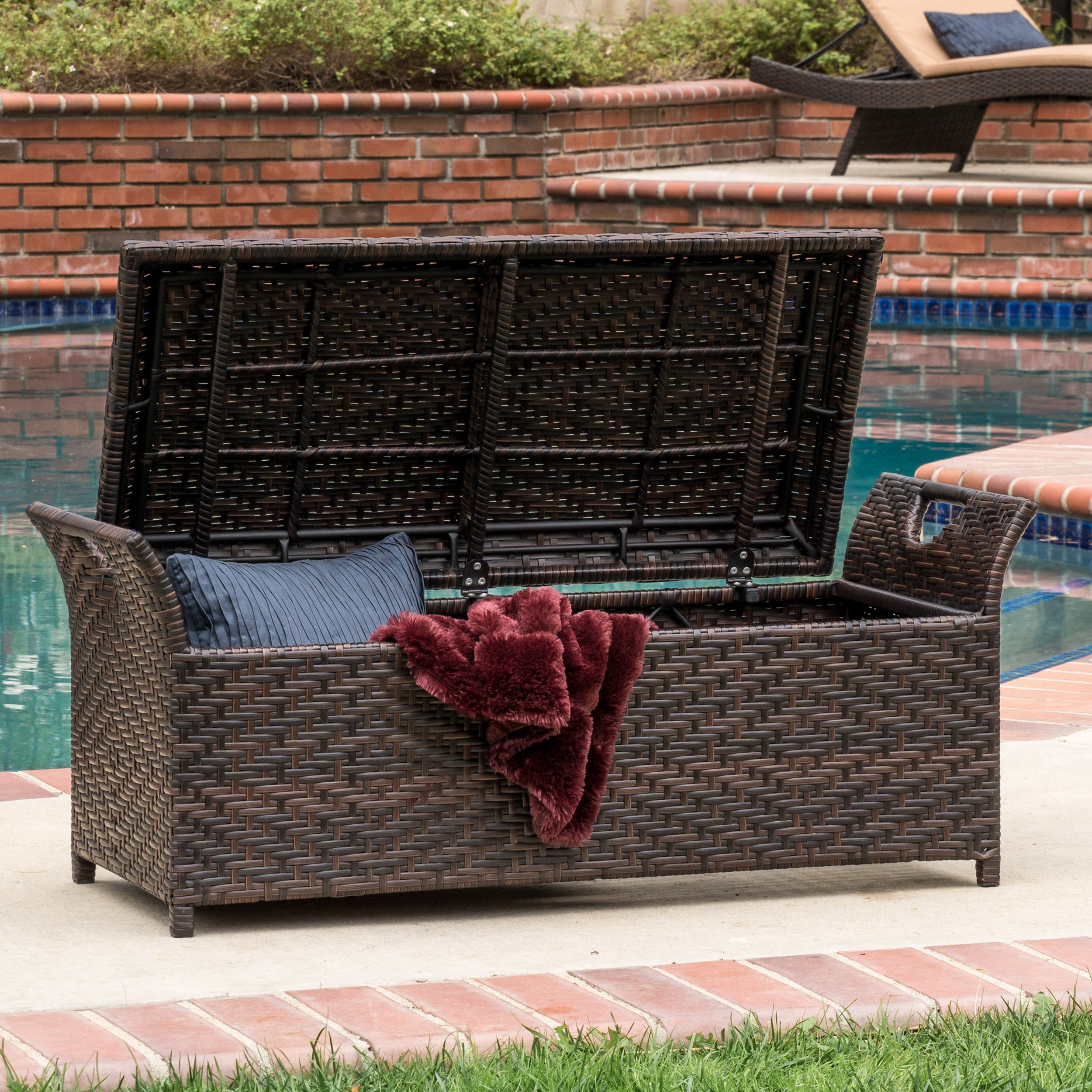 Christopher Knight Home Wing Outdoor Wicker Storage Bench Overstock Shopping Great Deals On