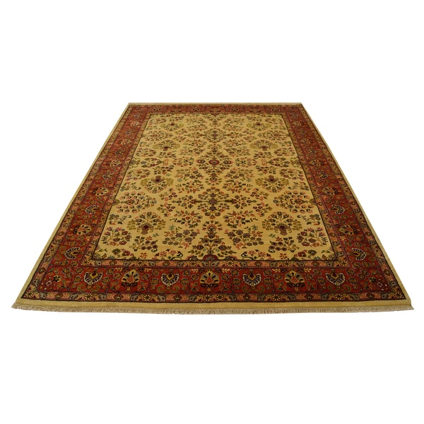 Sarouk New Zealand Wool Hand-knotted Floral Design New Zealand wool Area Rug (5'6 x 7'8)