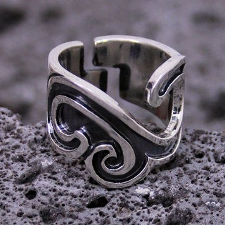 Handcrafted Sterling Silver 'Nahua Meeting' Ring (Mexico)