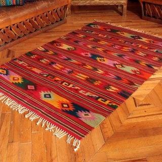 Handcrafted Zapotec 'Guelaguetza Colors' Rug (4x6'5) (Mexico)