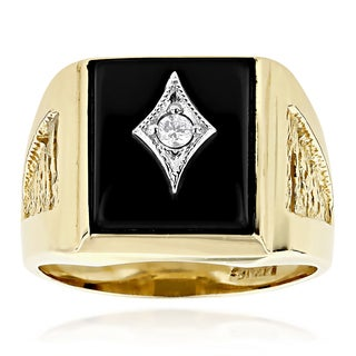 Luxurman 14k Yellow Gold Men's 0.10ct TDW Diamond and Black Onyx Ring