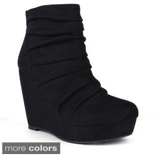 Mark and Maddux Women's 'Tim-02' Round-toe Wedge Bootie