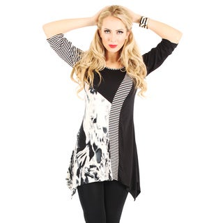 Womans 3/4 Sleeve Black and White Top