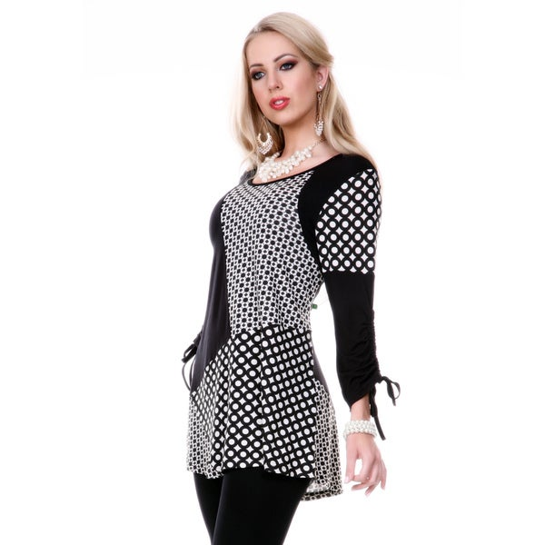 Firmiana Women's Long Sleeve Black/ White Pattern Top
