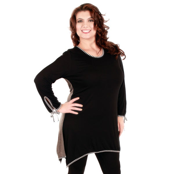 Firmiana Woman's Plus Size Striped Trim Black/ Grey Long Sleeve Top