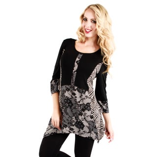 Firmiana Woman's Black/ White Floral 3/4-length Sleeve Top