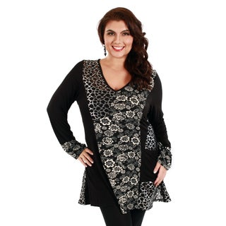 Woman's Plus Size Animal/ Floral Print Long Sleeve Top