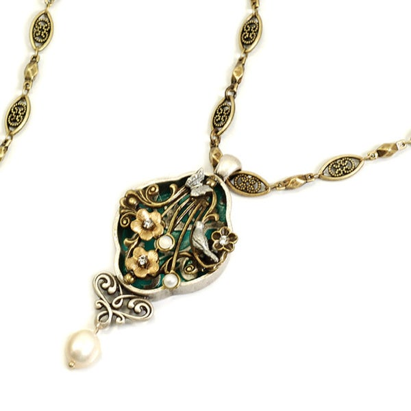 Sweet Romance French Trellis Necklace