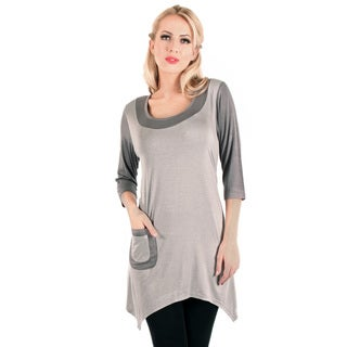 Woman's Two-tone Grey 3/4-length Sleeve Top