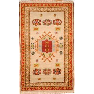 Herat Oriental Indo Hand-knotted Tribal Kazak Light Green/ Red Wool Rug (3'1 x 5'1)