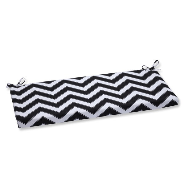 Pillow Perfect Outdoor Chevron Black/White Bench Cushion
