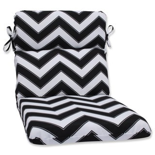 Pillow Perfect Outdoor Chevron Black/White Rounded Corners Chair Cushion