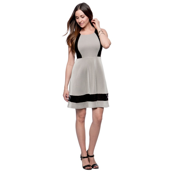 Jessica Simpson Black and Ivory Colorblocked Shift Dress